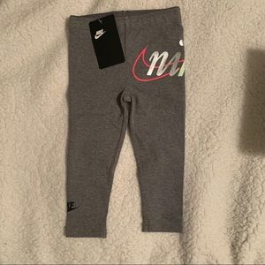 Girls Nike Leggings